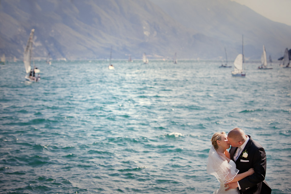 Jeannine and Gordon wedding on lake Garda