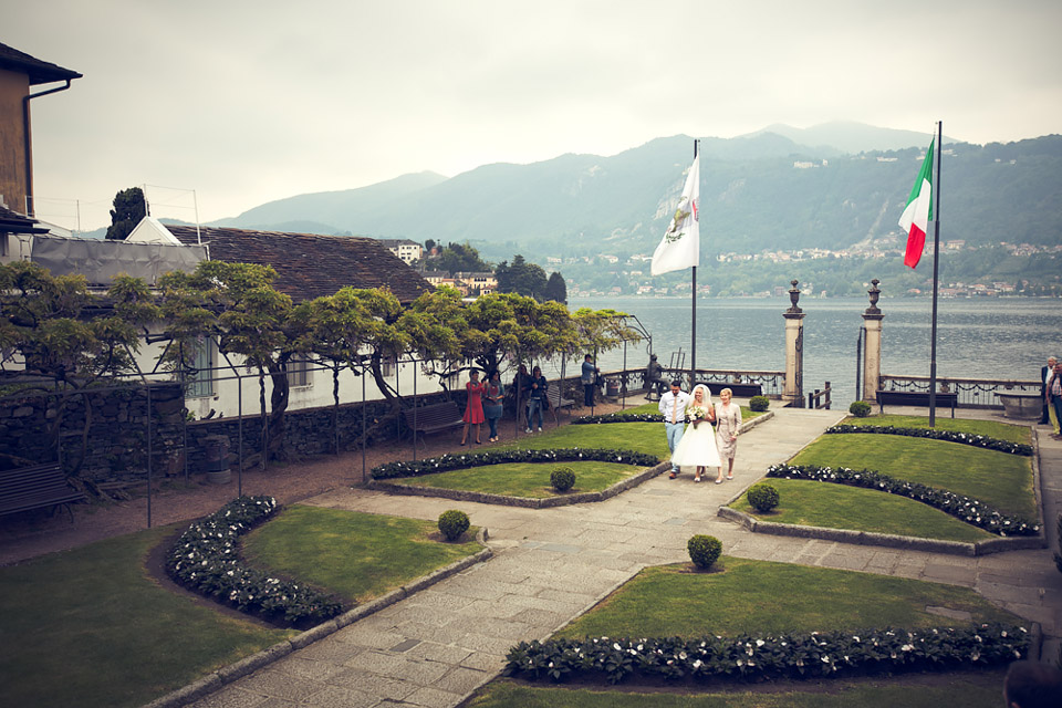 Katie and Paul wedding, lake Orta, here comes the bride