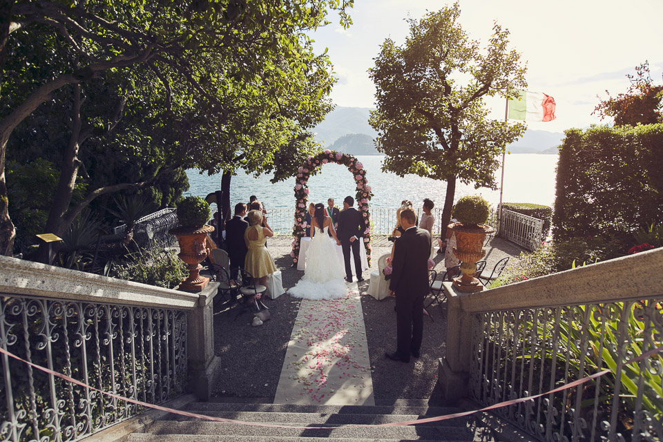 wedding ceremony by the lake