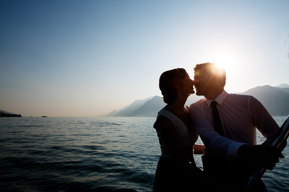 bride and groom lake garda