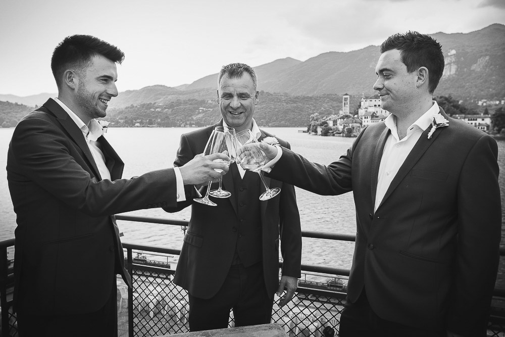 groom makes a toast