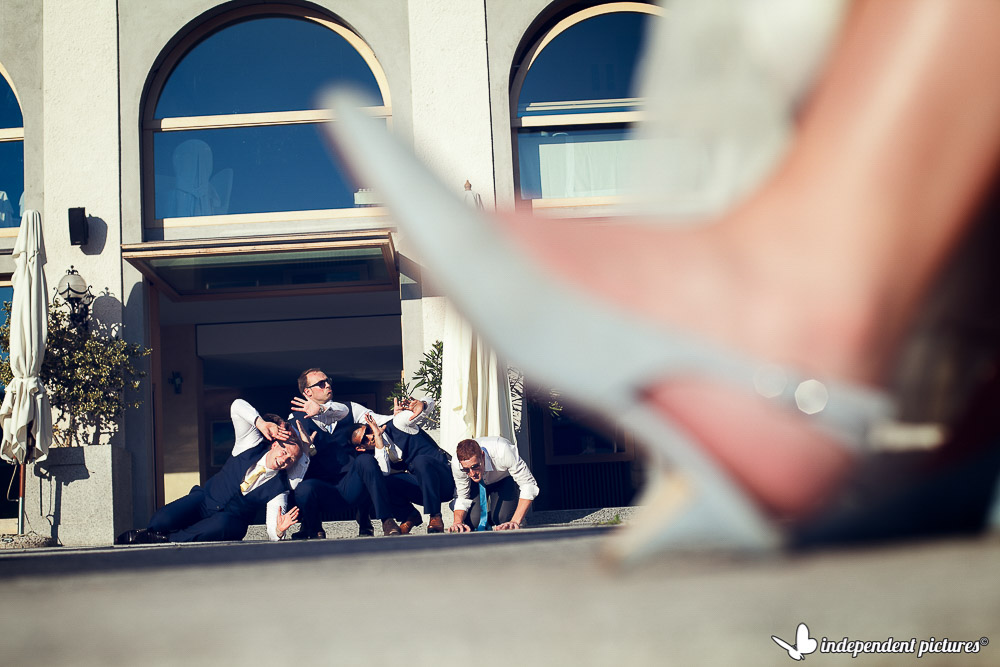 a fun wedding photo