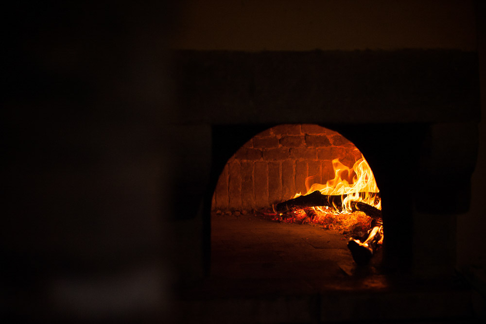 wood burning oven for pizzas