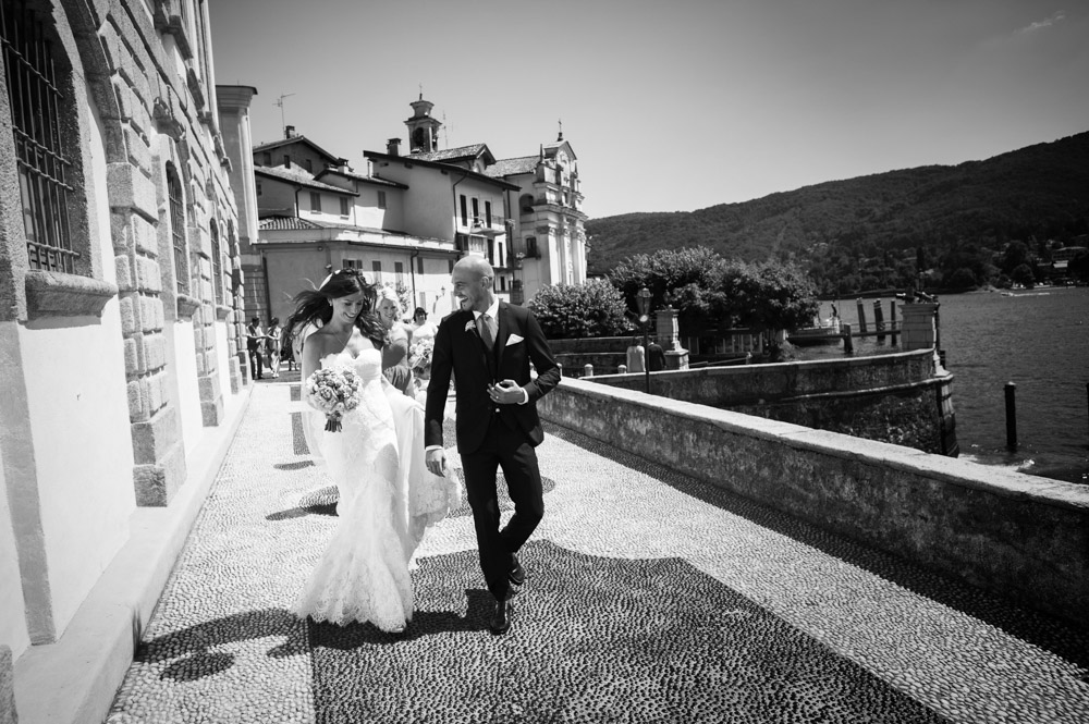 bride and groom at Isola Bella