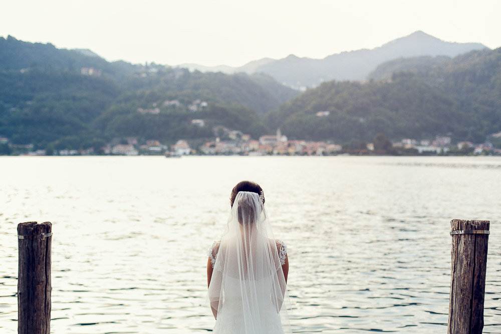 bride by the lake orta wedding