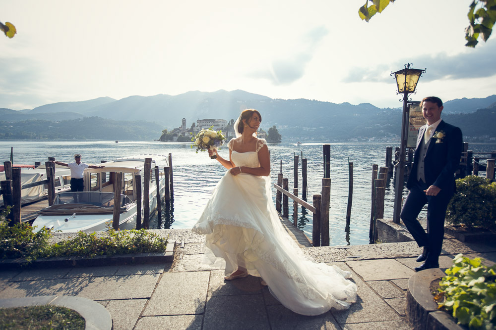 bride and groom, lake orta harbour