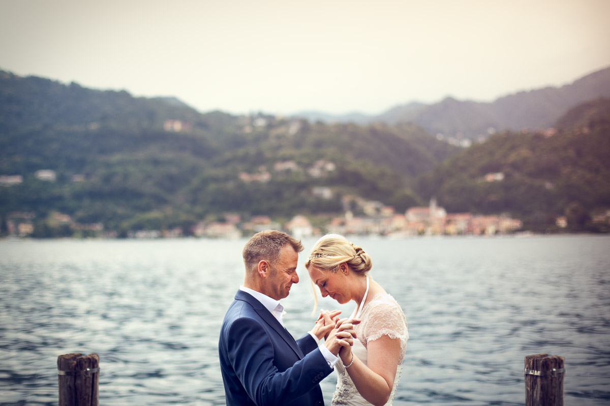 lake orta wedding bride and groom by the lake