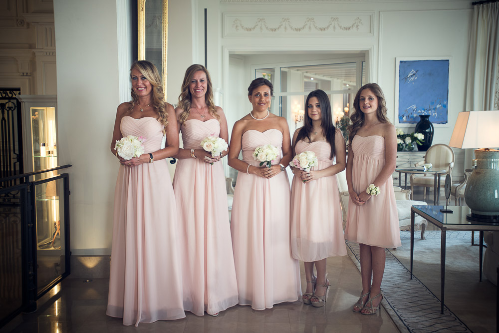 bridesmaids with pink dresses