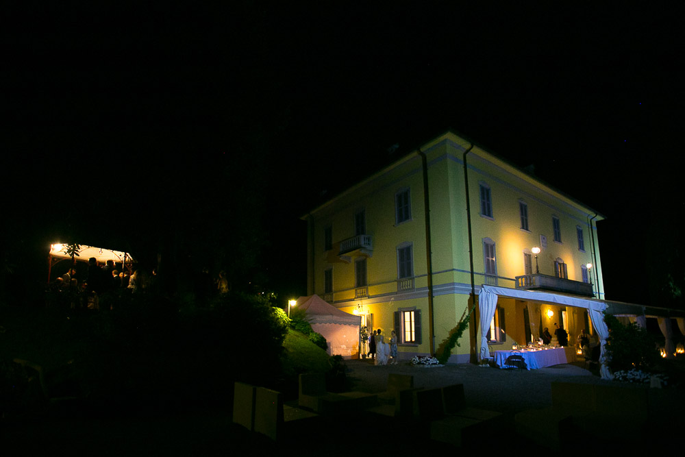 night view villa Corte lago