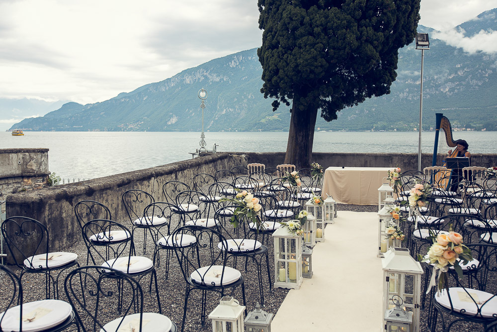 wedding ceremony by the lake at Villa la Corte del Lago lake Como