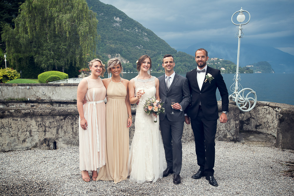 wedding partyby the lake