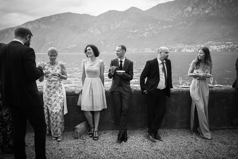guests by the lake Como