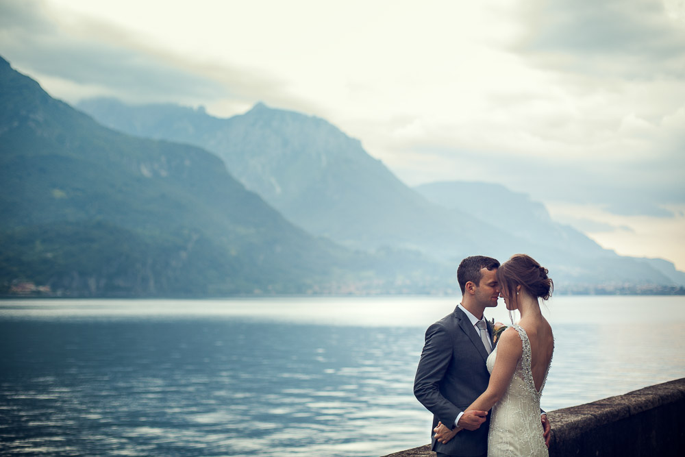 newlyweds lake Como