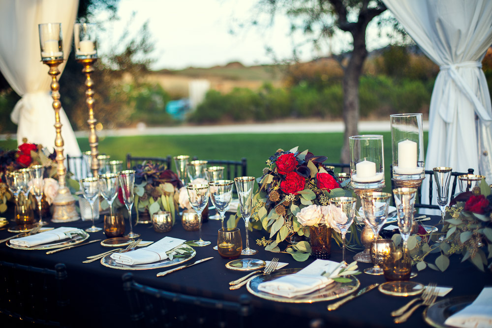 wedding table with black table cloth