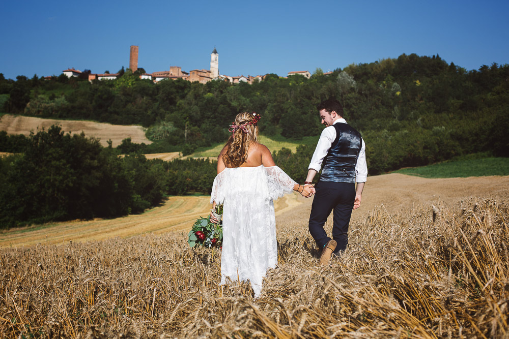 wheat field wedding in Monferrato