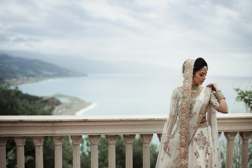 Stunning bride Indian wedding south of Italy by the sea