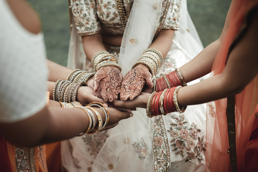 Indian wedding in Italy, Mehndi ceremony, henna painted hands
